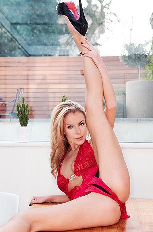 Becky Roberts Skinny Babe