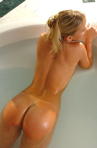 Chikita Hot Nude Babe In The Spa