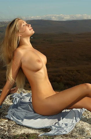 Blonde Teen Babe Naked On Rocky Mountains