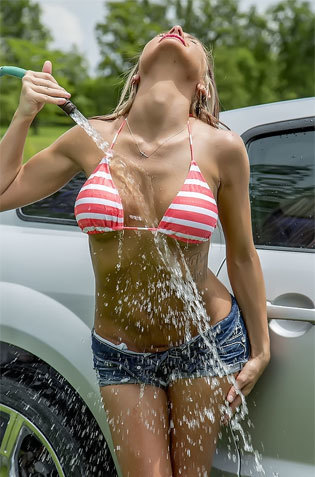 Carwash Bikini Babe